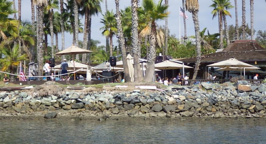 Paradise Point Barefoot Bar